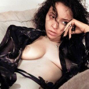 Tinashe Topless