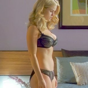 "Alice Eve Stripping In ""She's Out of My League"" Enhanced"