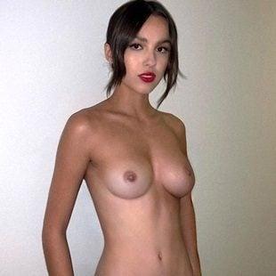 Olivia Rodrigo Nude Behind-The-Scenes Pics